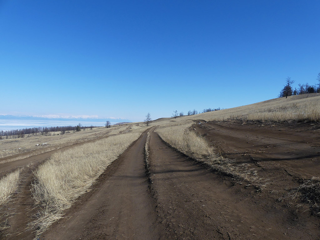 voyage-moto-russie-rouler-sur-le-baikal-en-hiver-ural.14